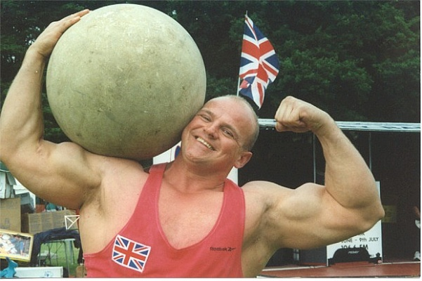 Amazing strongman 'The mighty Smith'